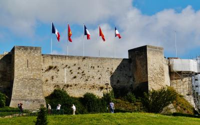 Comment COMMUNIQUER à Caen ? - Votre guide complet sur la communication